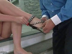 Paige Turnah gets her feet worshipped and fucked